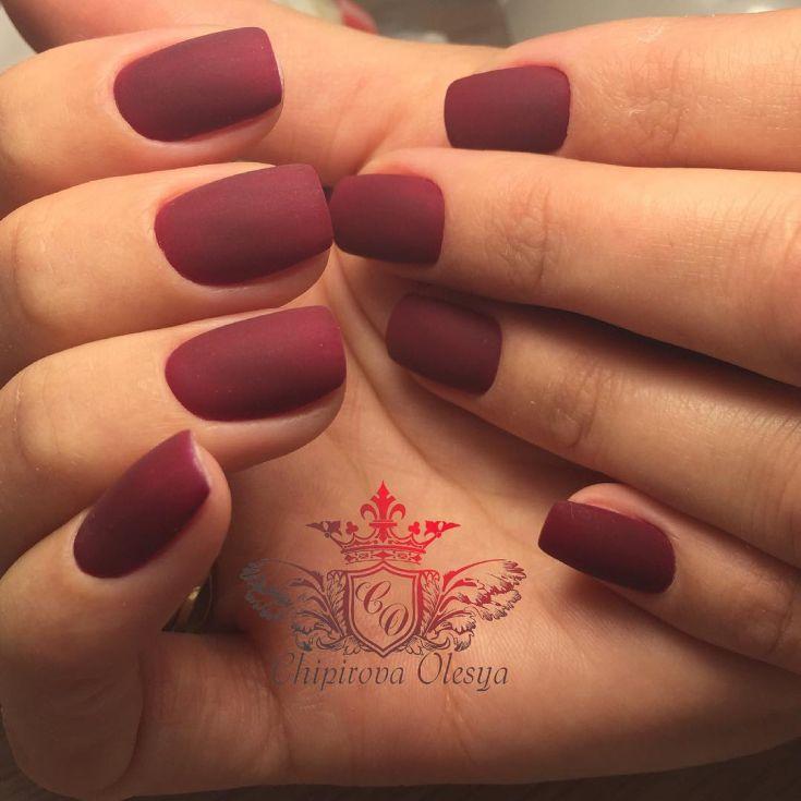 маникюр вишневого цвета