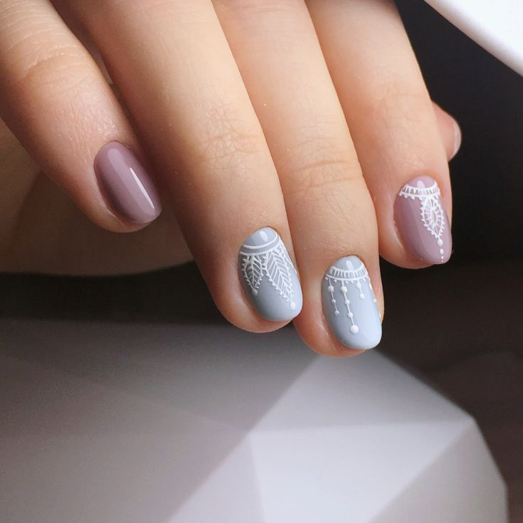 дизайн ногтей с рисунком перья фото