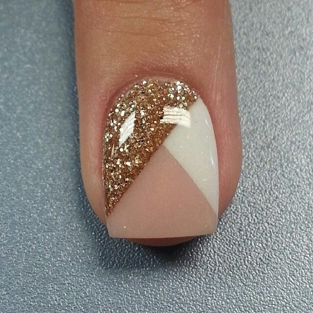 Нарощенные ногти фото с блестками