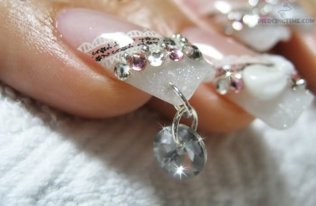 Nail piercing photo пирсинг ногтей  nail design piercings