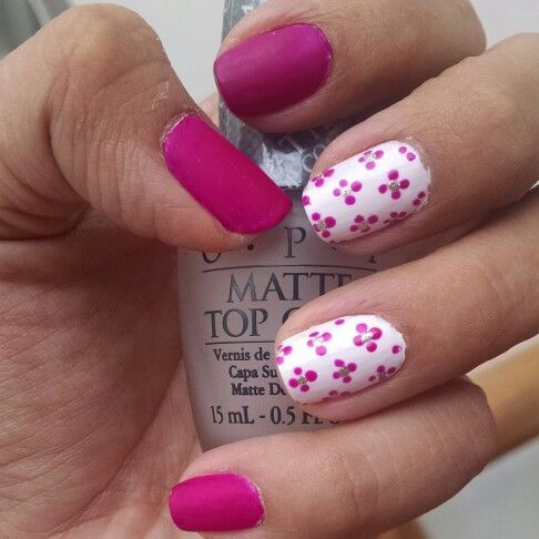 Рисунки на ногтях цвета фуксии