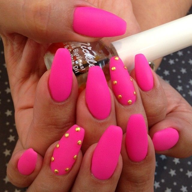 beautiful nail design fuchsia matt