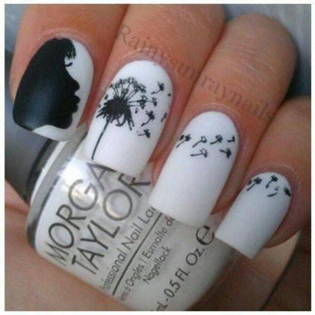 чёрно белый дизайн ногтей девушка дует на одуванчик слайдер