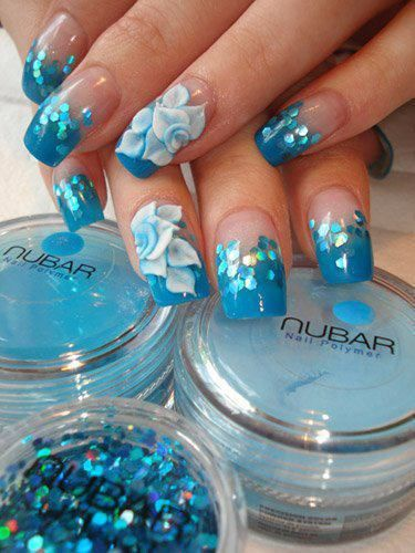 синий дизайн ногтей паетки цветы unusual nail design