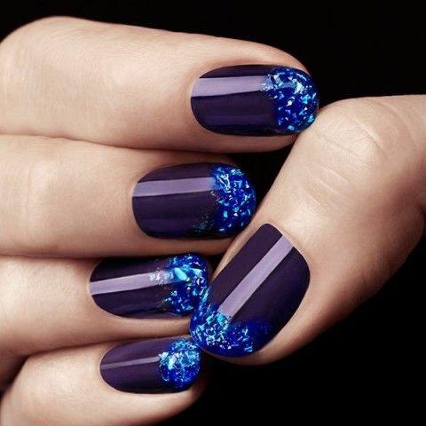 синий дизайн ногтей жидкий камень unusual blue nail design