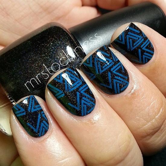 синий дизайн ногтей треугольники unusual blue nail design