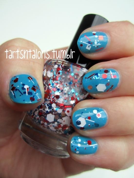 синий дизайн ногтей паетки unusual blue nail design