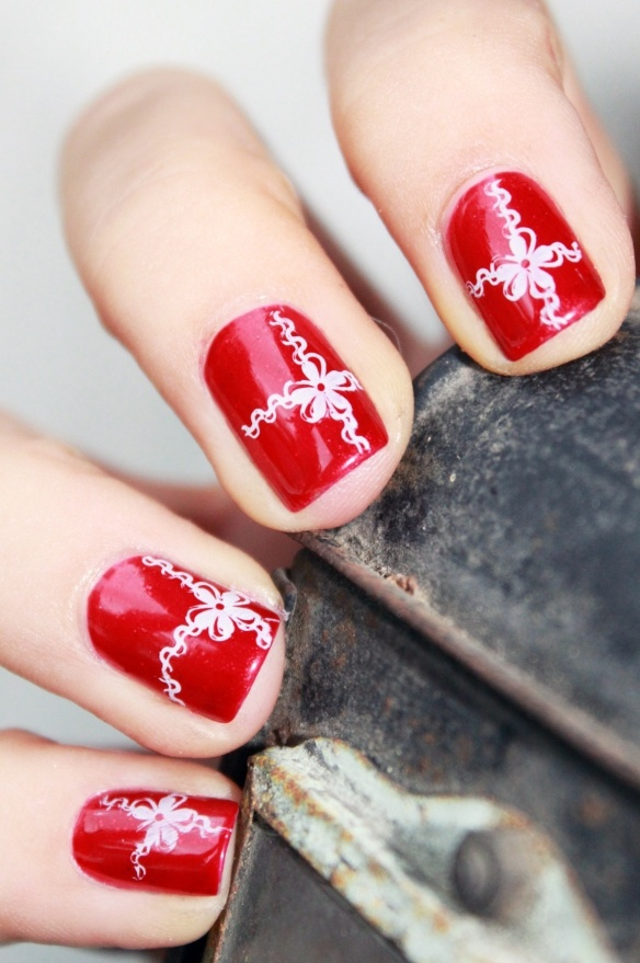 дизайн ногтей бантики красная коробка nails patterned bow