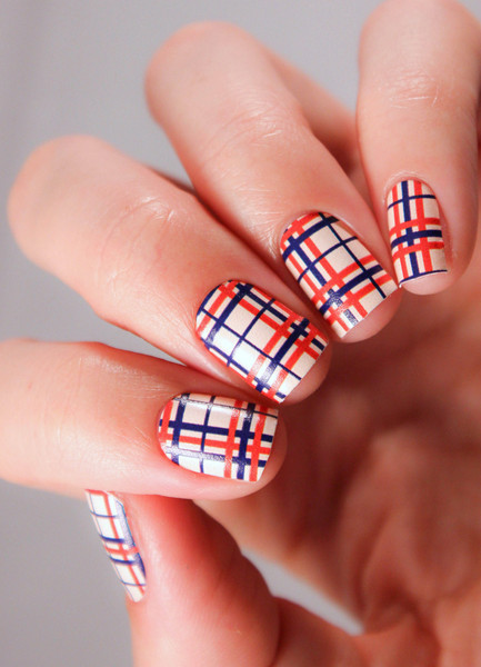 TOP 50 Burberry print design nails