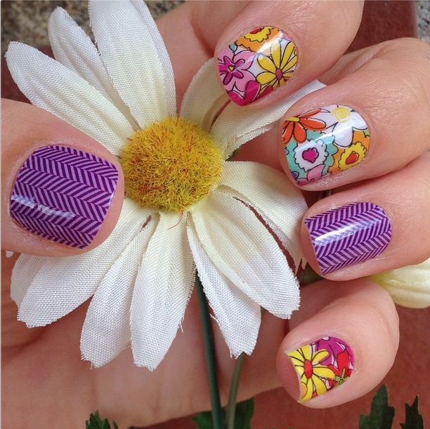 дизайн ногтей ромашка искусственная ромашка nail design with a picture of chamomile