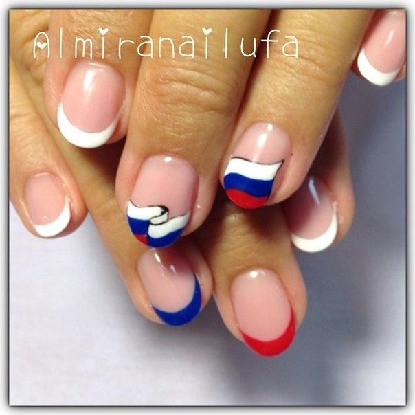 Спортивный дизайн ногтей на коротких