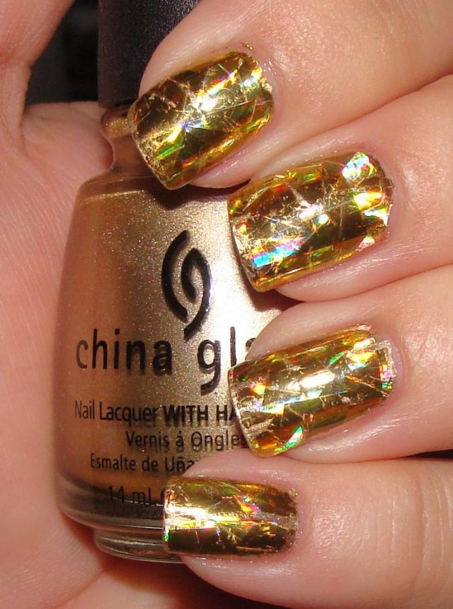 Ногти дизайн золото