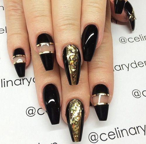 Дизайн ногтей чёрные с золотом