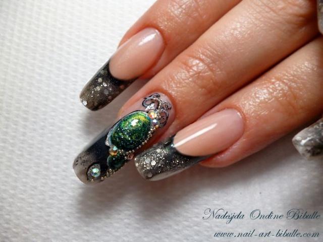 дизайн ногтей жидкий камень зелёный