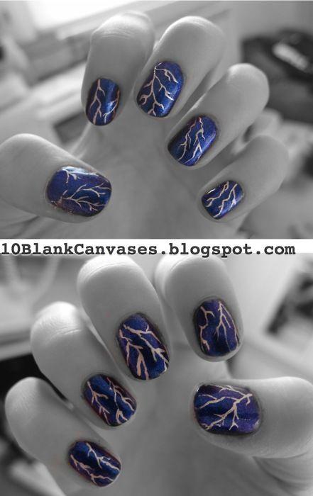 дизайн ногтей молния ветвящаяся