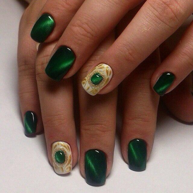 дизайн ногтей кошачий глаз Зелёный