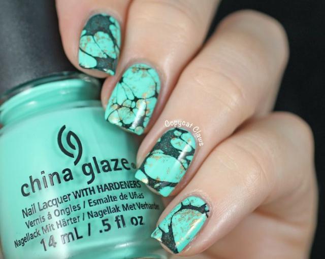 мятный дизайн ногтей мрамор
