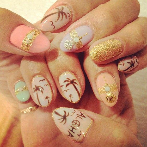 Дизайн ногтей с морем