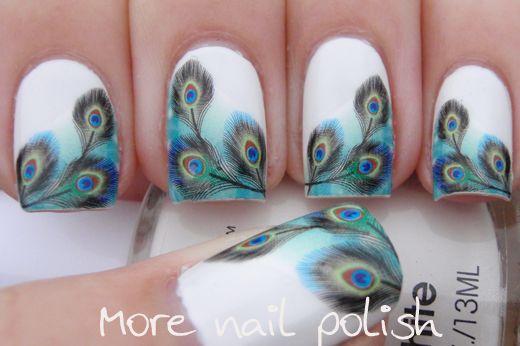 дизайн белых ногтей перо павлина