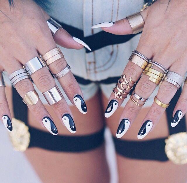 nails yin yang oval