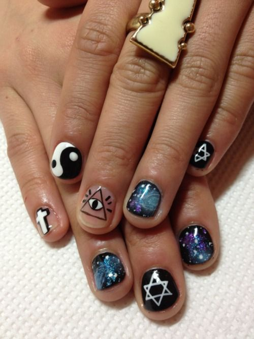 nails yin yang  Star of David, space, cross, eye in the triangle