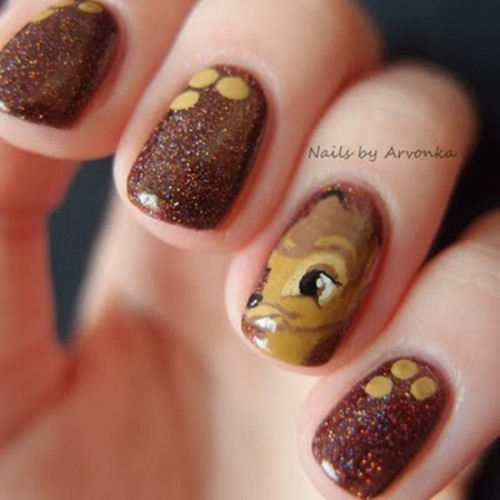 Раскраску ногтей