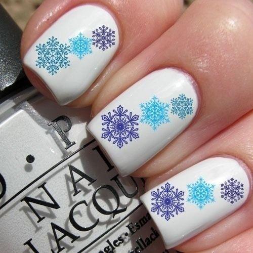 Дизайн с паетками на ногтях