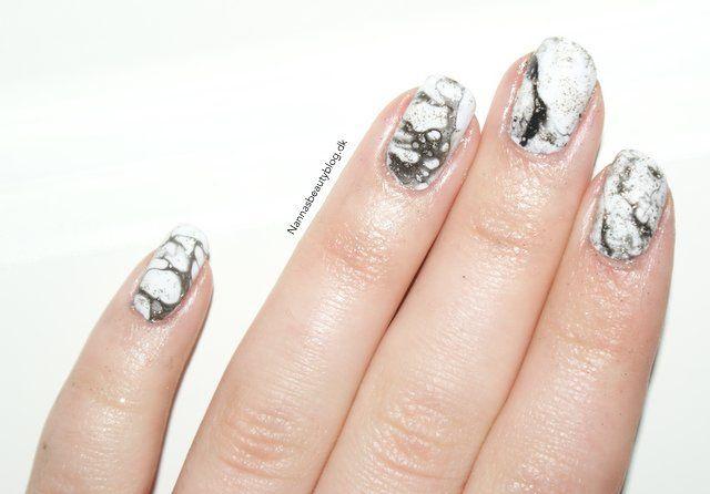 Рисунок на ногтях мрамор