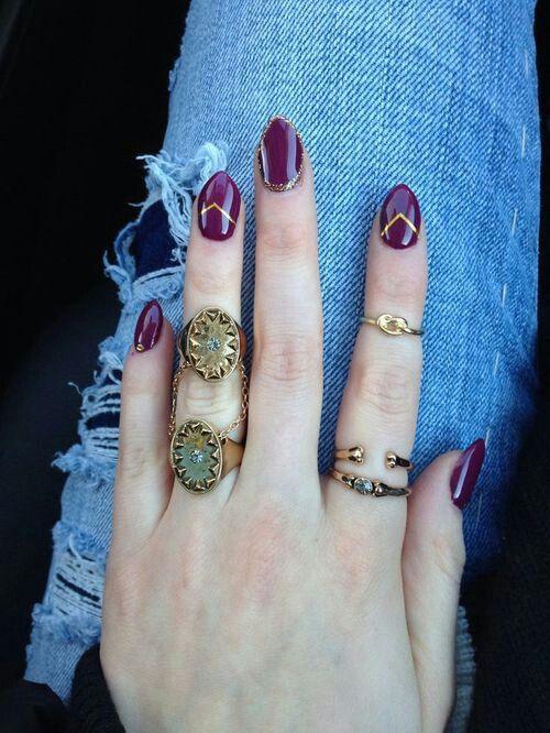 дизайн ногтей цвета бордо джинсы