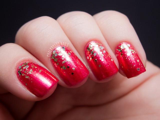 глиттер дизайн блёстками золотые блёстки на красном beautiful nail design glitter