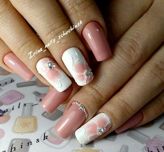рисунком с на френч квадратных ногтях белый