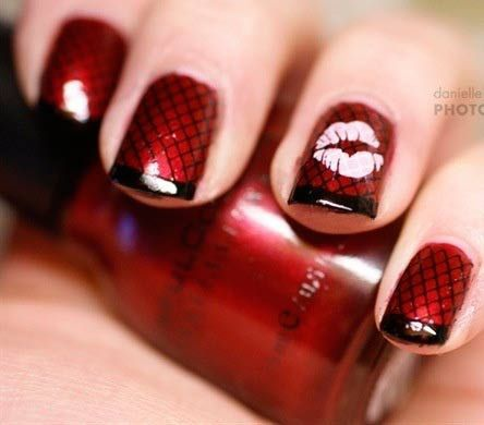 Дизайн ногтей губы