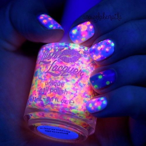 unusual nail design 2015 photos news  neon paetki