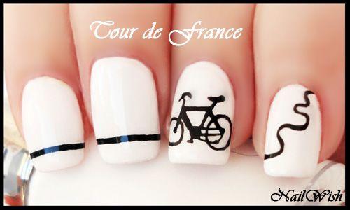Ногти французский маникюр с рисунком