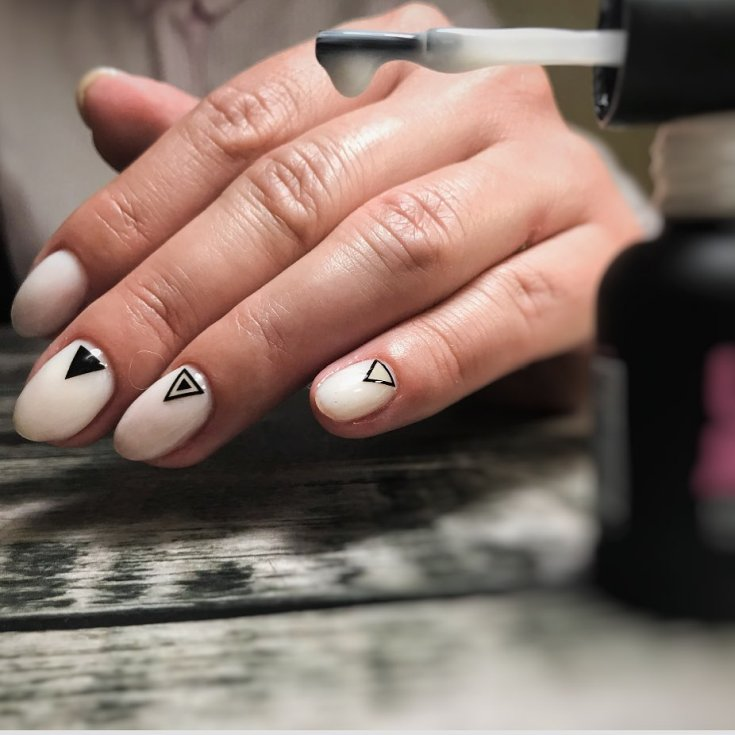 Дизайн ногтей 2021 лето новинки молодежные