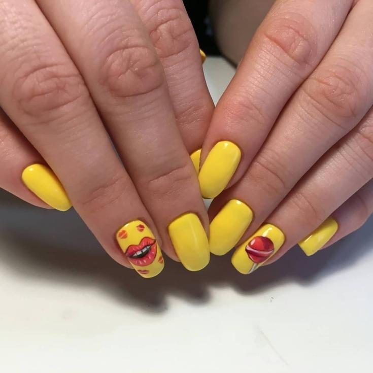 Летний жёлтый маникюр