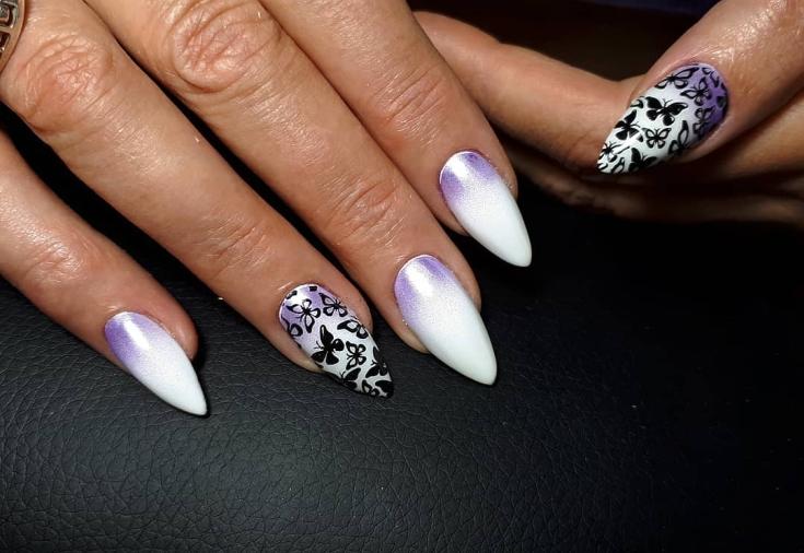 2021 Маникюр фиолетовый с белым