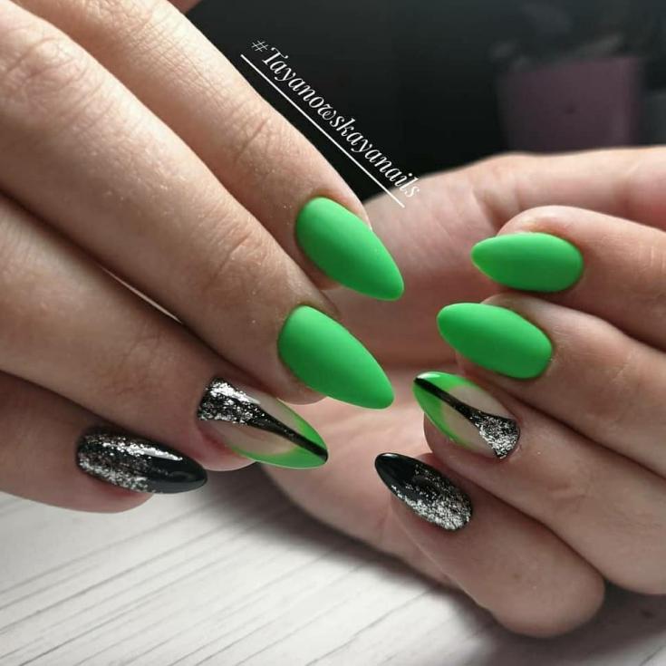 2021 Зелёный маникюр на длинные ногти