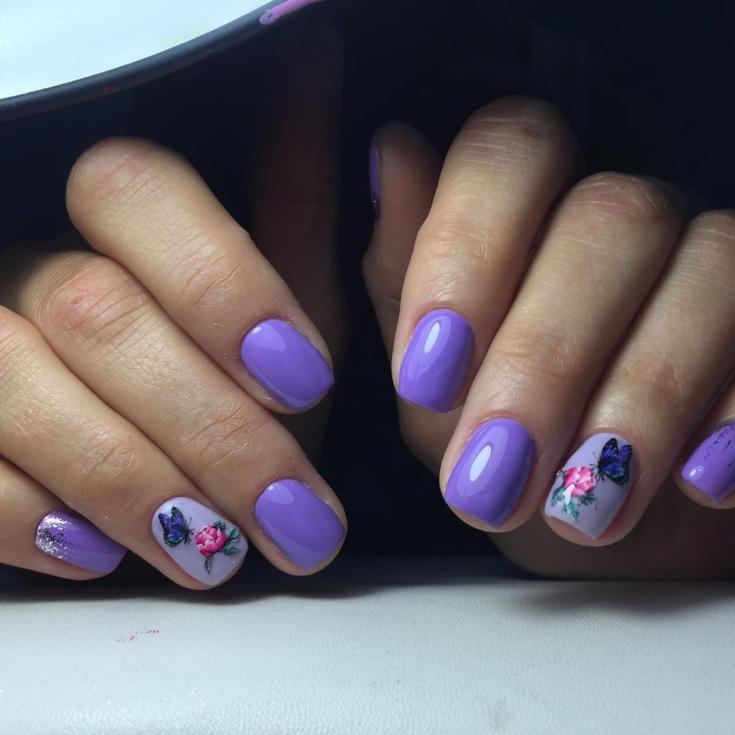 Фиолетовый короткий маникюр