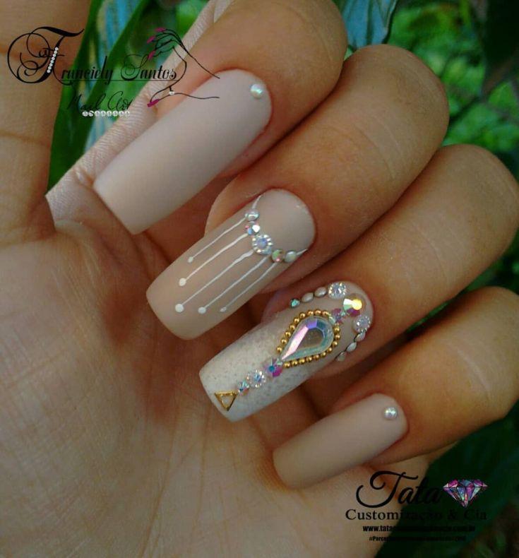 23) Самый модный весенний дизайн ногтей 23 фото