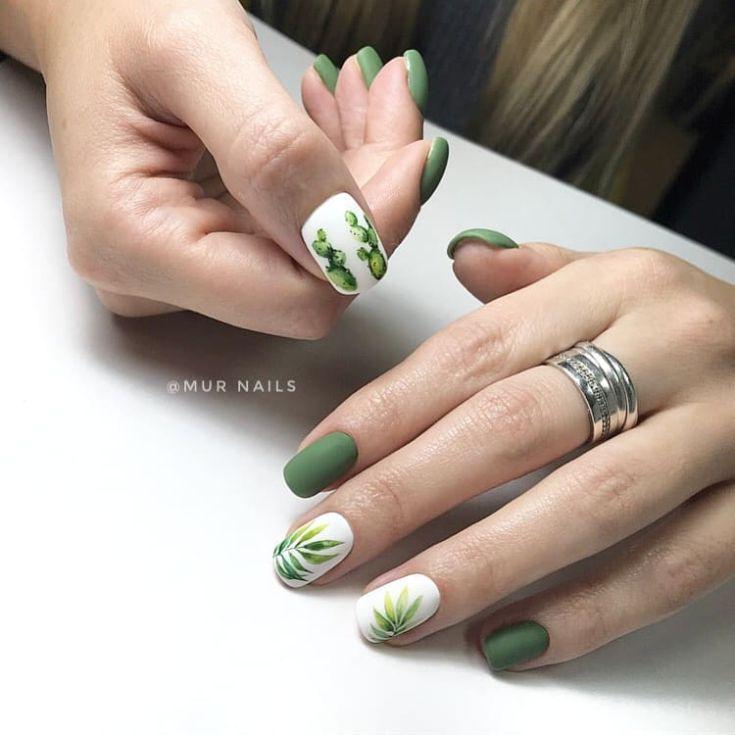 70+ матовый зеленый маникюр