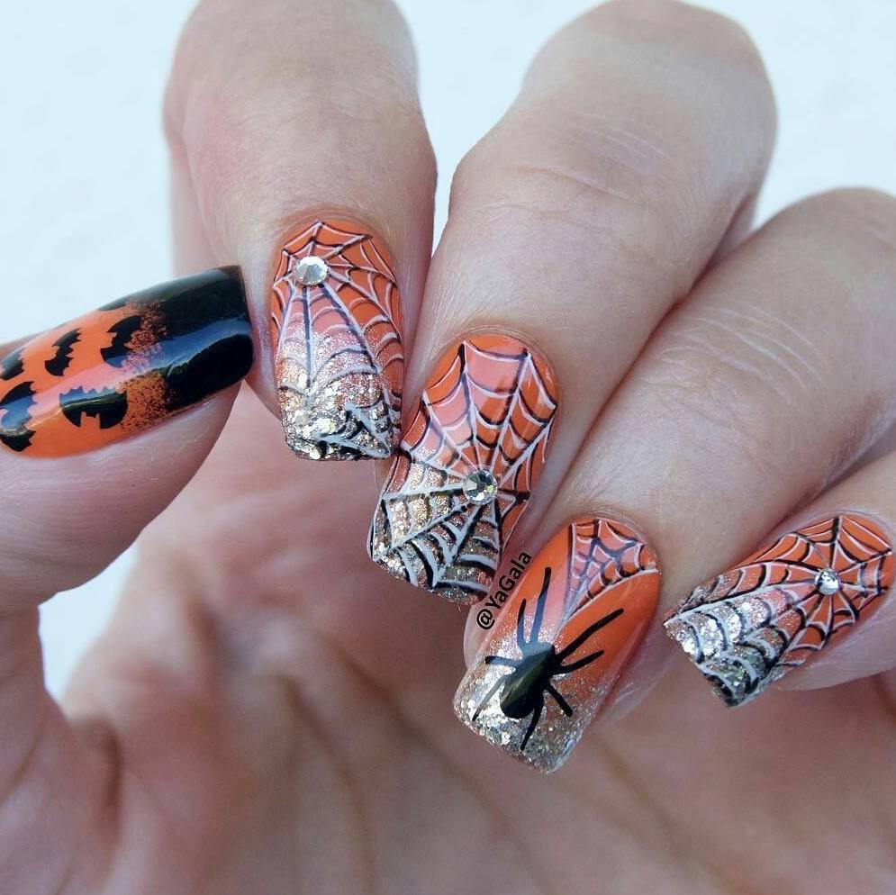 дизайн ногтей паук фото