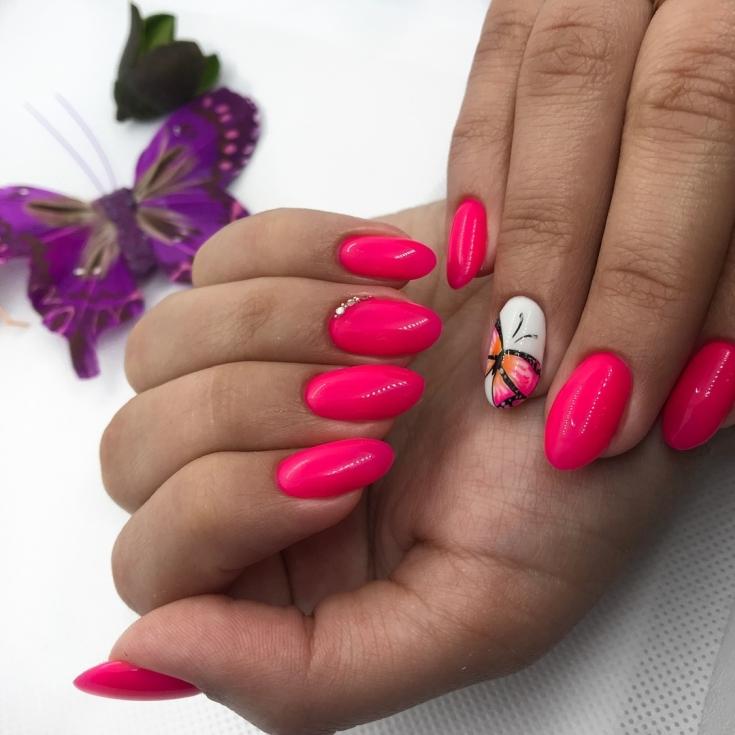 Красно розовый градиент маникюр